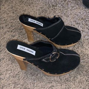 Steve Madden suede Faris clogs 6 NWOT display